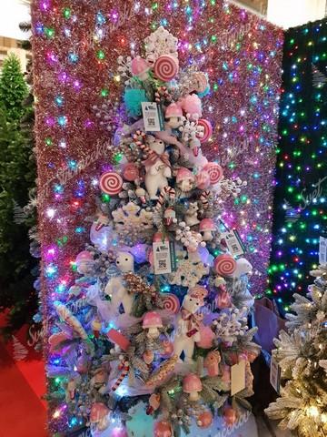 Extravagantné ozdoby na vianočný stromček
