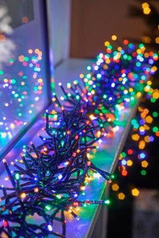 Farebná LED svetelná reťaz Twinkly cluster multicolor 6m RGB 400LED. Svetelná reťaz vhodná ktorá má veľkú farebnú škálu svietenia.